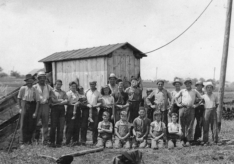 Lentigny, les ouvriers de la tourbière