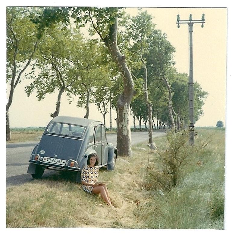 En 2CV sur les routes de France