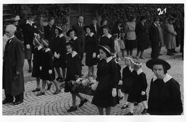 Fribourg - procession de la Fête-Dieu